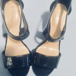 KELLY & KATIE Sandal Patent Leather Black